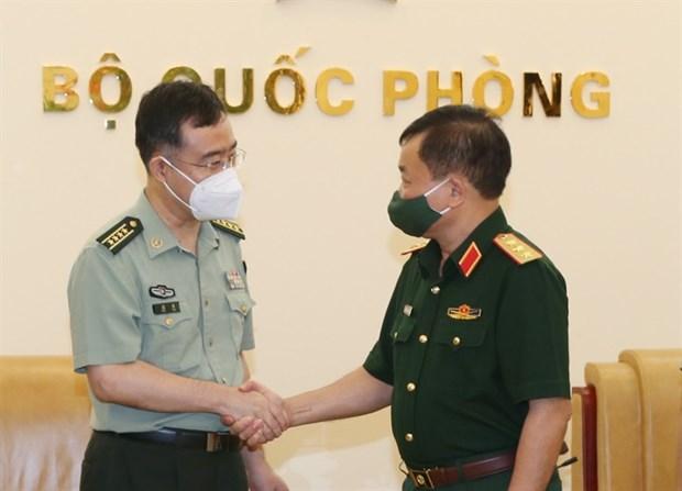 Tiep tuc thuc day hop tac quoc phong Viet Nam-Trung Quoc hinh anh 1