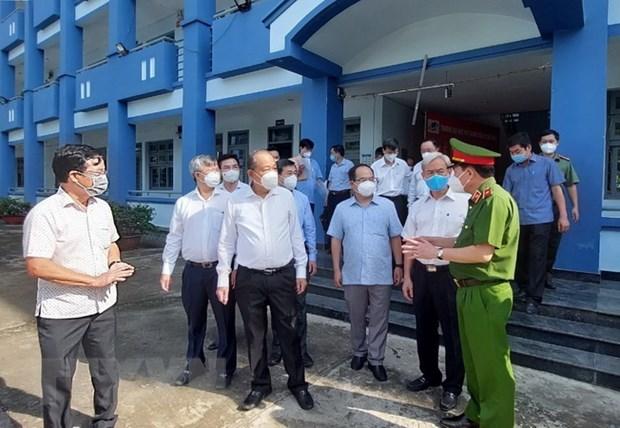 PTT Truong Hoa Binh kiem tra cong tac phong, chong dich o Dong Nai hinh anh 2