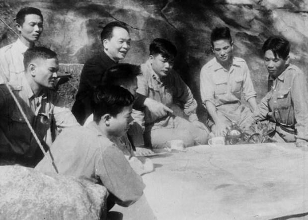 Ong Vo Nguyen Giap: Vi tuong tai lam chuyen dich dong chay cua lich su hinh anh 1