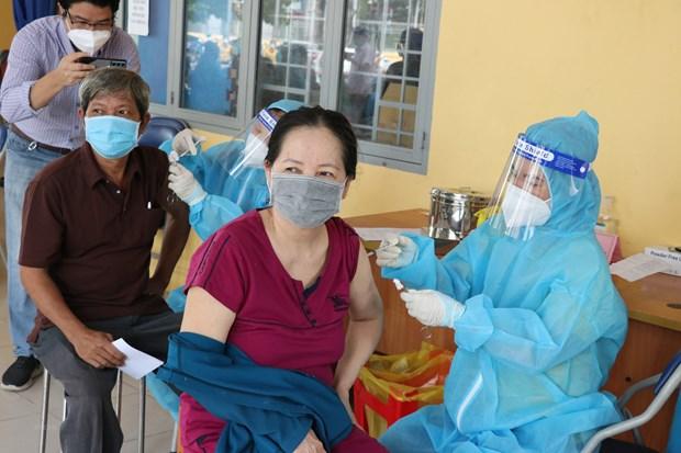 Dong Nai: Xet nghiem, tiem vaccine cho toan dan trong khu nha tro hinh anh 1