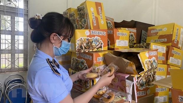 Gia Lai: Phat hien 6.000 chiec banh Trung thu khong ro nguon goc hinh anh 1