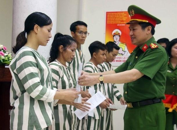 """De xuat """"tu tai gia"""": Can nghien cuu ky de khong phat sinh tieu cuc hinh anh 1"""