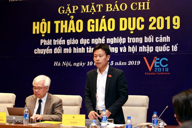 Ban cach phat trien giao duc nghe nghiep trong boi canh cach mang 4.0 hinh anh 1