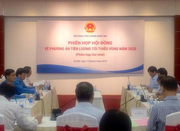 Hop Hoi dong Tien luong quoc gia: Tang luong nam 2020 co 'can dich'? hinh anh 1