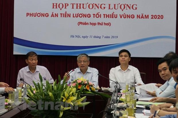 Luong toi thieu vung nam 2020: 'Chot' phuong an tang o muc 5,5% hinh anh 1