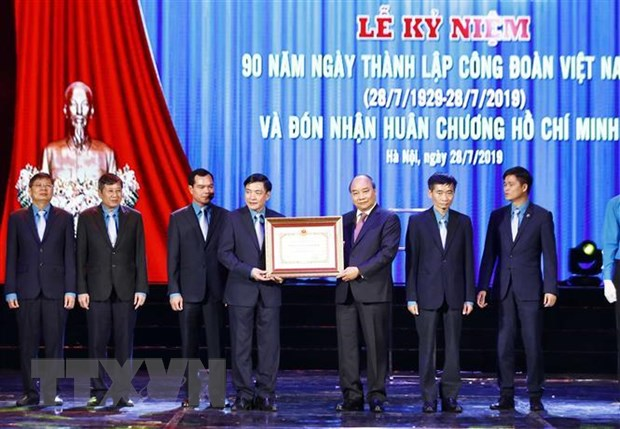 To chuc cong doan Viet Nam: 90 nam dong hanh cung xay dung dat nuoc hinh anh 1