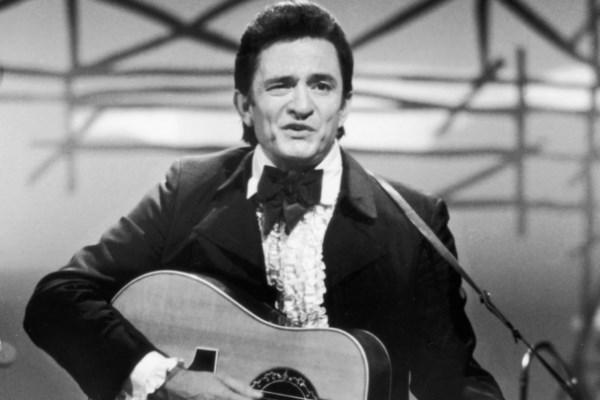 """Tai hien hinh anh Johnny Cash o """"Nhung ngay van hoc chau Au 2015"""" hinh anh 1"""