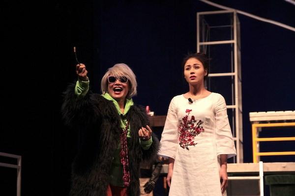 'Hoa cuc xanh tren dam lay' va nhung am anh cua kich Luu Quang Vu hinh anh 1