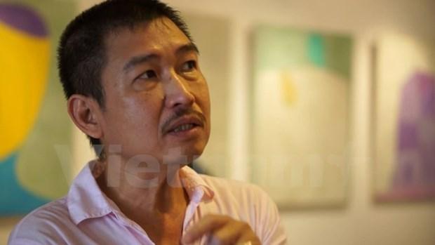 Le Thiet Cuong va nhung the nghiem moi voi tranh toi gian hinh anh 1