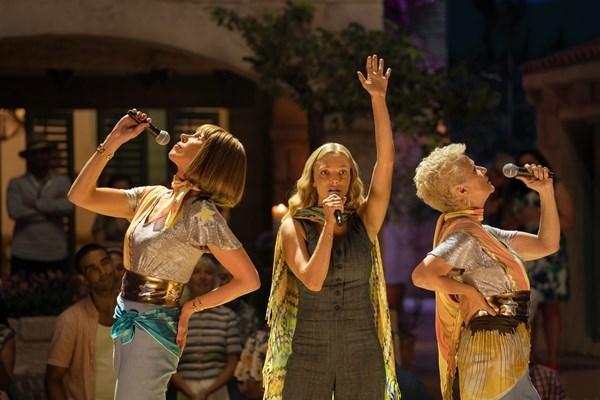 'Mamma Mia! Yeu lan nua' - Phia sau nhung ca khuc, vu dieu soi dong hinh anh 1