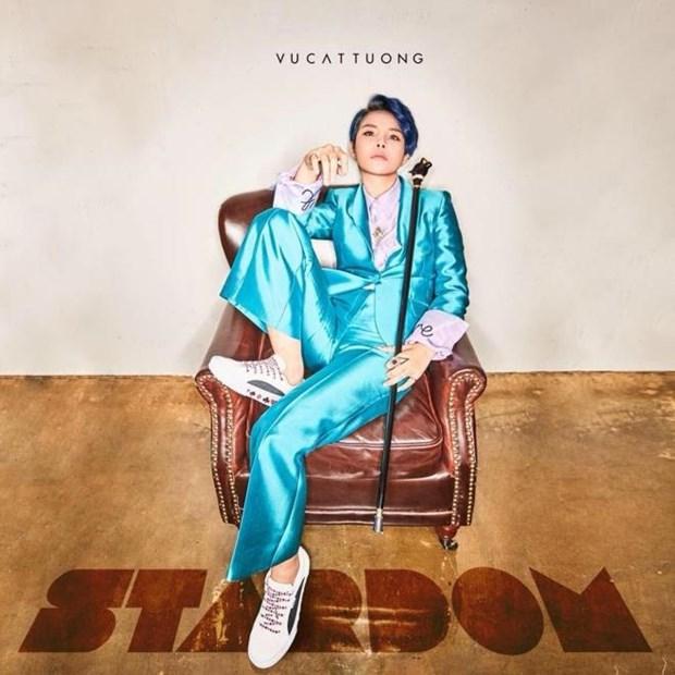 Album cua nam: Chan dung, tam voc nghe sy qua nhung san pham moi me hinh anh 4