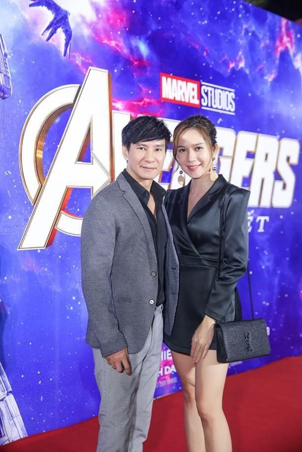 Sao Viet gay 'bao' tham do cong chieu bom tan 'Avengers: Endgame' hinh anh 5