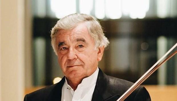 'Huyen thoai' violin Viktor Tretyakov den Viet Nam lam giam khao hinh anh 1