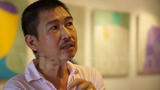 Hoa sy Le Thiet Cuong mang 'Chuyen ghe' di khap ba mien hinh anh 1