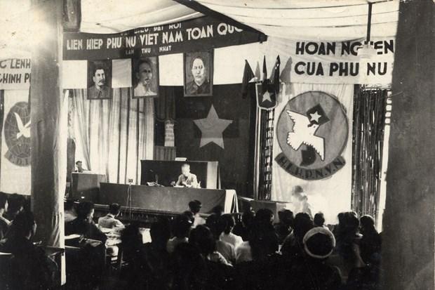 Trung bay ban chup Di chuc cua Chu tich Ho Chi Minh tai Ha Noi hinh anh 1