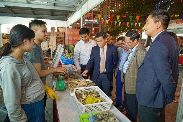 Hon 220 dac san Quang Ninh san sang phuc vu nguoi tieu dung Thu do hinh anh 1