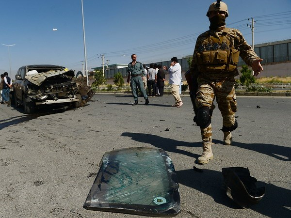 Giao tranh ac liet giua luc luong an ninh Afghanistan va Taliban hinh anh 1