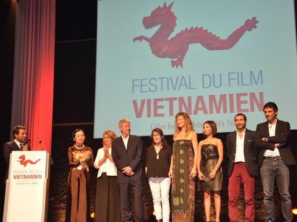 Khai mac Lien hoan phim Viet Nam tai thanh pho bien Saint-Malo hinh anh 2
