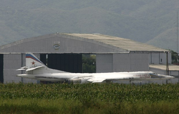 Tiem kich F-16 Na Uy kem chat mot phi doi bay 'khung' cua Nga hinh anh 1