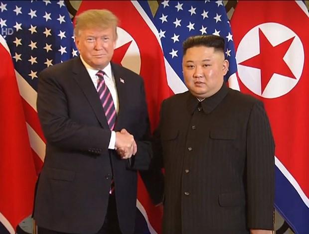 Ong Trump khen ong Kim trong cuoc gap dau tien o Metropole hinh anh 65