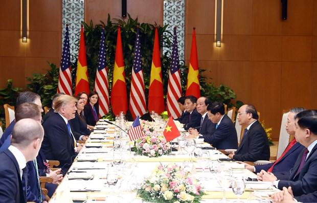 Ong Trump khen ong Kim trong cuoc gap dau tien o Metropole hinh anh 31