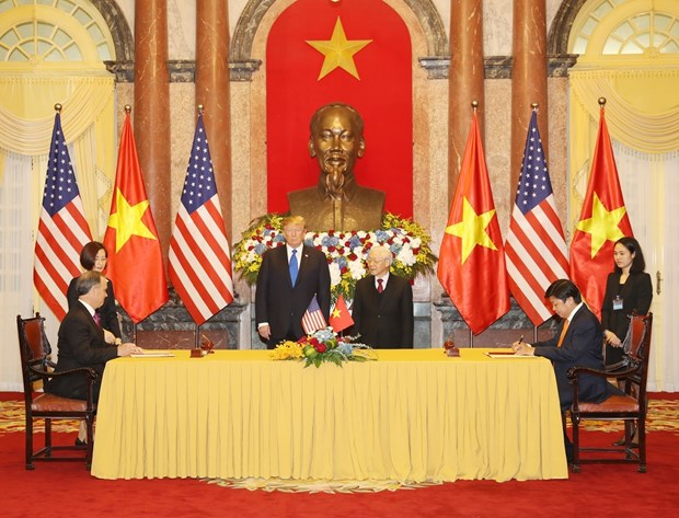 Ong Trump khen ong Kim trong cuoc gap dau tien o Metropole hinh anh 25