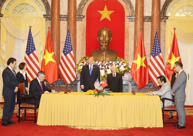 Ong Trump khen ong Kim trong cuoc gap dau tien o Metropole hinh anh 27
