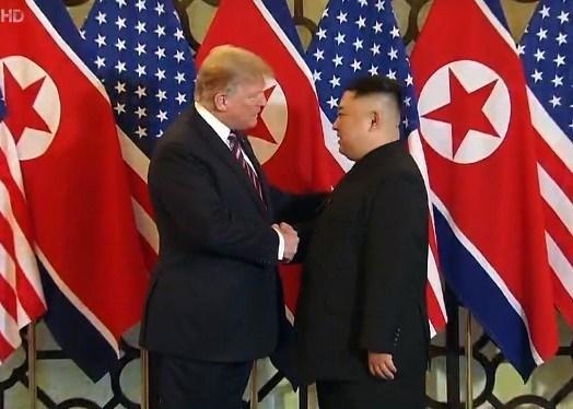 Ong Trump khen ong Kim trong cuoc gap dau tien o Metropole hinh anh 66