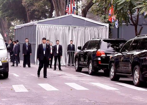 Thuong dinh My-Trieu khong co thoa thuan, ong Trump roi Ha Noi hinh anh 66