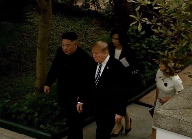 Thuong dinh My-Trieu khong co thoa thuan, ong Trump roi Ha Noi hinh anh 54