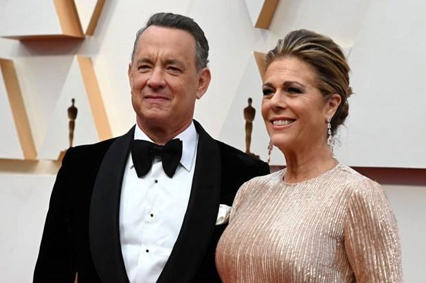 Tom Hanks va vo Rita Wilson nhap vien vi nhiem COVID-19 hinh anh 1