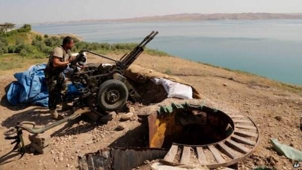 Luc luong chien binh nguoi Kurd tai chiem dap nuoc lon nhat Iraq hinh anh 1