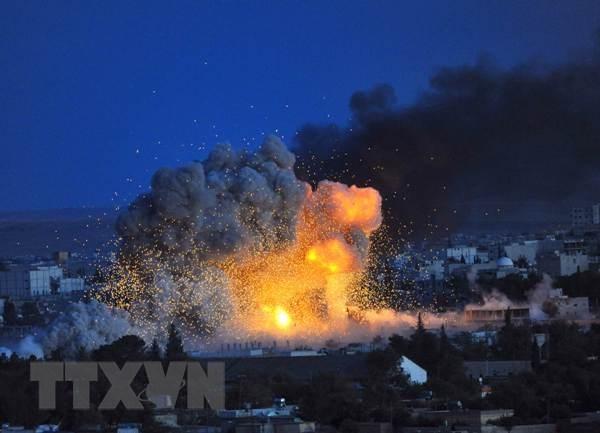 My tha vu khi nham vao tay quan IS o gan thi tran Kobane hinh anh 1