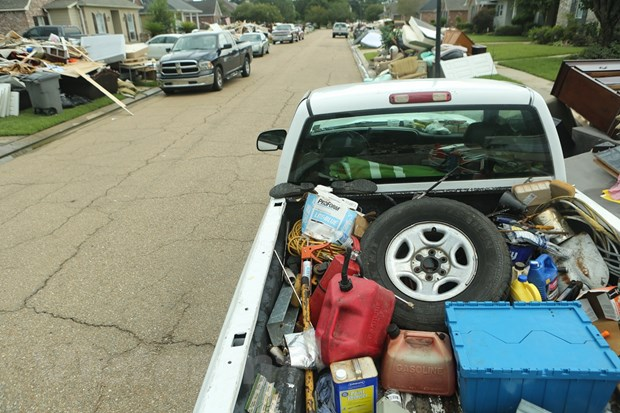 [Photo] Thanh pho Baton Rouge hoang tan sau tran lu lut khung khiep hinh anh 3