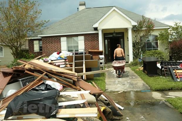 [Photo] Thanh pho Baton Rouge hoang tan sau tran lu lut khung khiep hinh anh 11