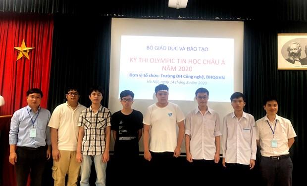Đoàn học sinh Việt Nam dự thi. Ảnh: PV