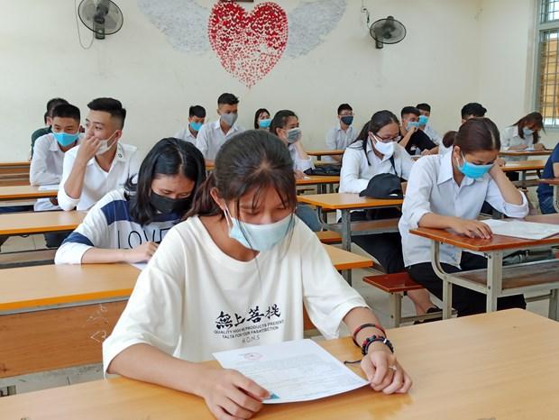 Thí sinh dự thi Tốt nghiệp Trung học phổ thông 2020. Ảnh: Phạm Mai/Vietnam+