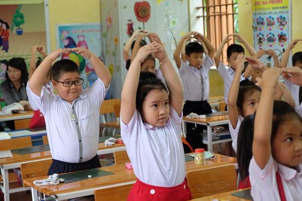 "Day lop 1 theo chuong trinh moi: ""Mong thay co giao noi it di..."