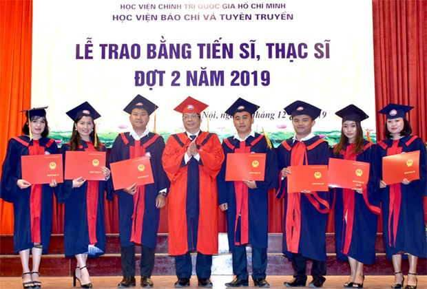 Quy che dao tao tien sy: Ban chinh xoay chieu voi du thao hinh anh 2