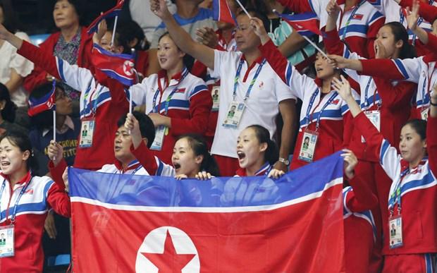Cac VDV Trieu Tien ngay dem thuong nho ong Kim Jong-Un hinh anh 1
