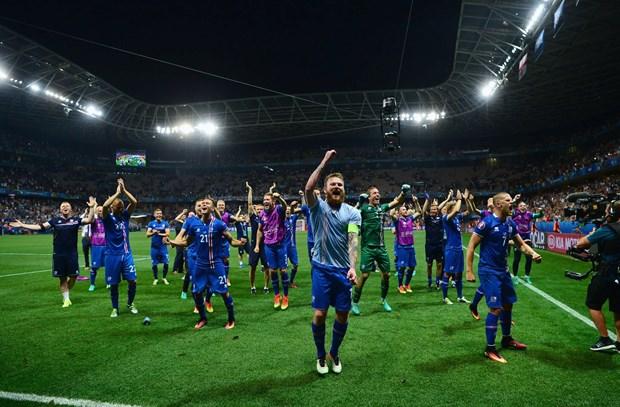 Bon nam truoc, Iceland con xep duoi Viet Nam tren BXH FIFA hinh anh 1