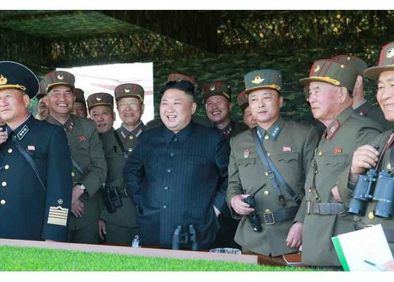 Can canh lanh dao Trieu Tien Kim Jong-un thi sat tap tran hinh anh 7