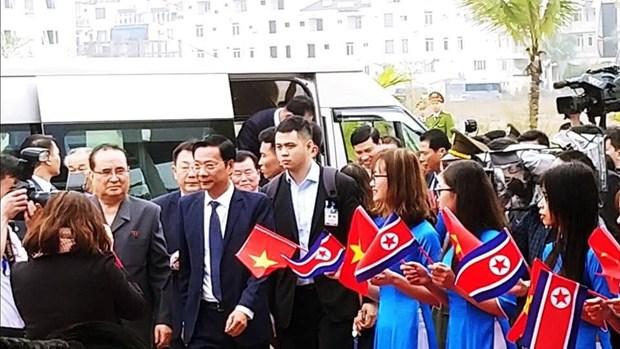 Ong Trump khen ong Kim trong cuoc gap dau tien o Metropole hinh anh 33