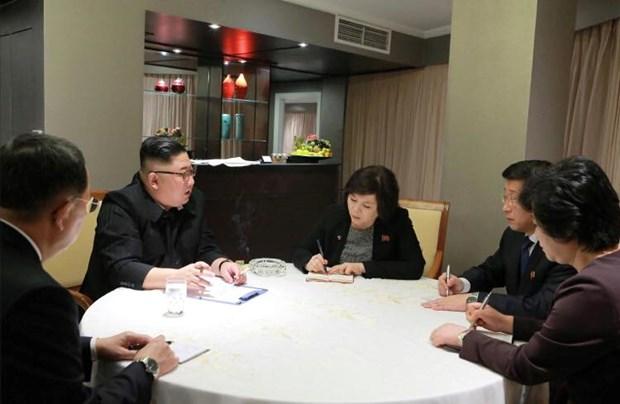 Ong Trump khen ong Kim trong cuoc gap dau tien o Metropole hinh anh 5