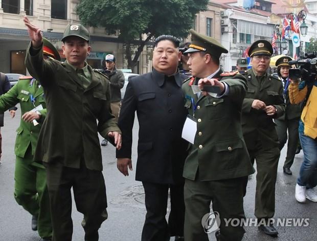 Ong Trump khen ong Kim trong cuoc gap dau tien o Metropole hinh anh 39