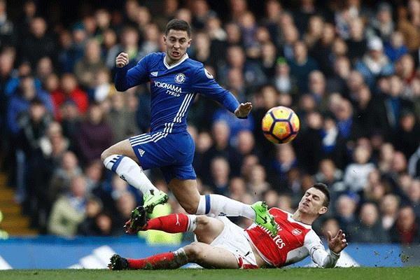 Video top 5 ban thang cua Chelsea vao luoi kinh dich Arsenal hinh anh 1