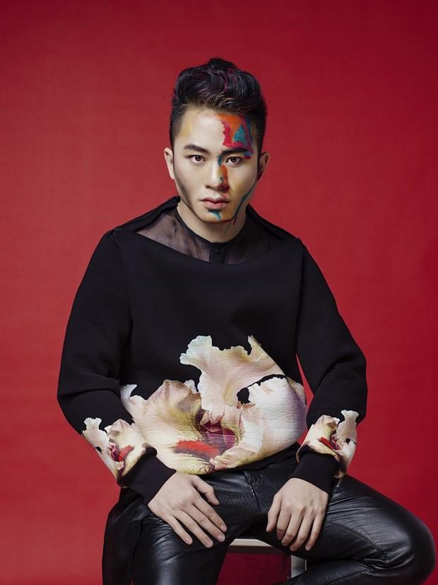 Tung Duong: Trong am nhac, toi khong bao gio hai long voi chinh minh hinh anh 1