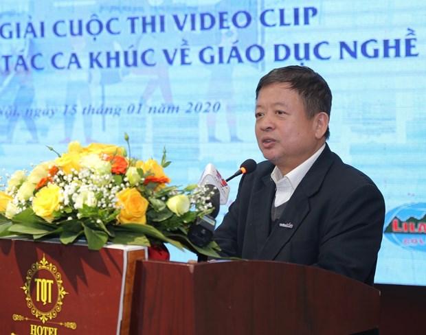Chu tich Hoi Nhac sy Viet Nam: 'Am nhac luon dong hanh cung dan toc' hinh anh 1