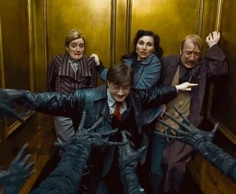 Chieu som phim Oscar 'Minari,' cau be phu thuy Harry Potter tro lai hinh anh 3