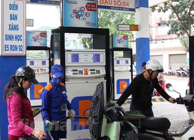 Petrolimex trien khai ban xang E5 thay the RON 92 tu dau nam 2018 hinh anh 1